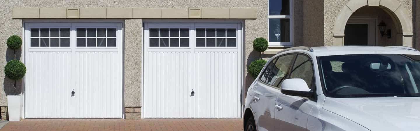 welcome to 1st class garage doors Standish