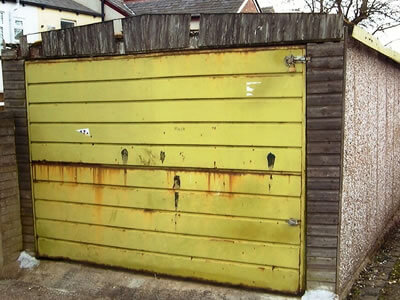garage door repair wigan